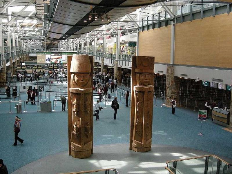 Международный аэропорт Ванкувер (YVR)