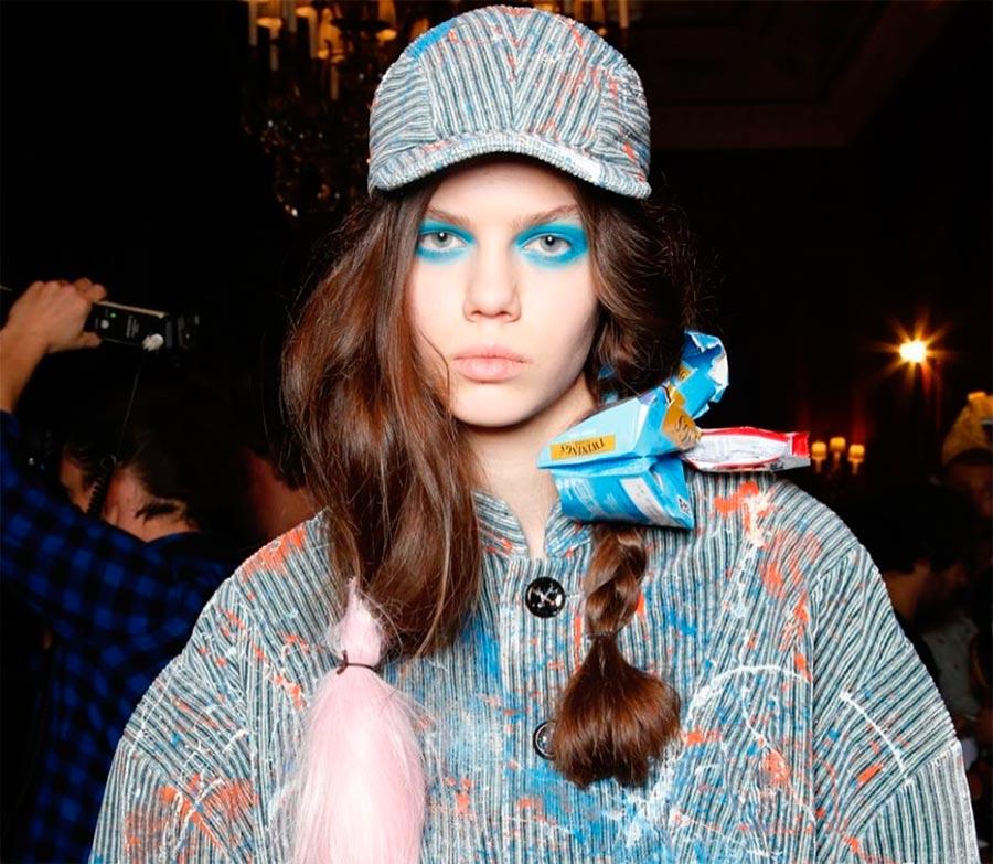 Неземная красота: 15 макияжей с Парижской недели моды Vivienne Westwood