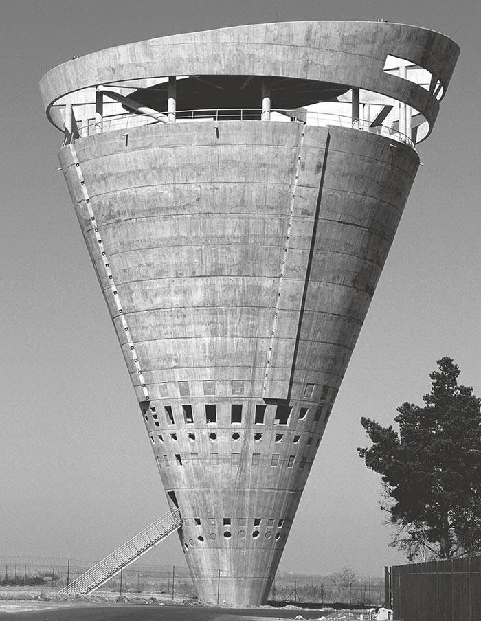 здания в стиле брутализма Водонапорная башня, Мидранд, ЮАР