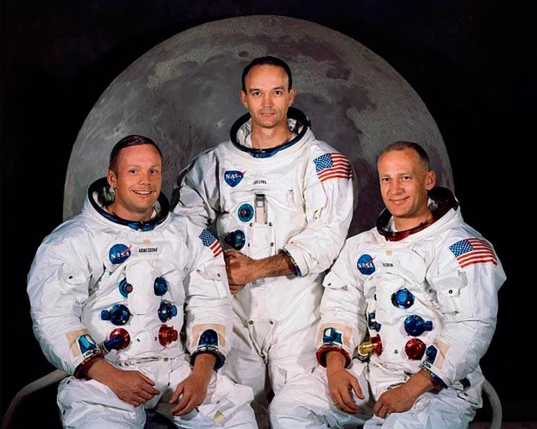 """15 интересных фактов космонавты корабля """"Аполлон-11"""" возвращение на Землю проходить таможенный контроль в Гонолулу"""