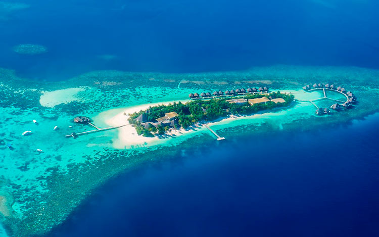 13 мест с самой красивой водой на планете Мальдивы maldives