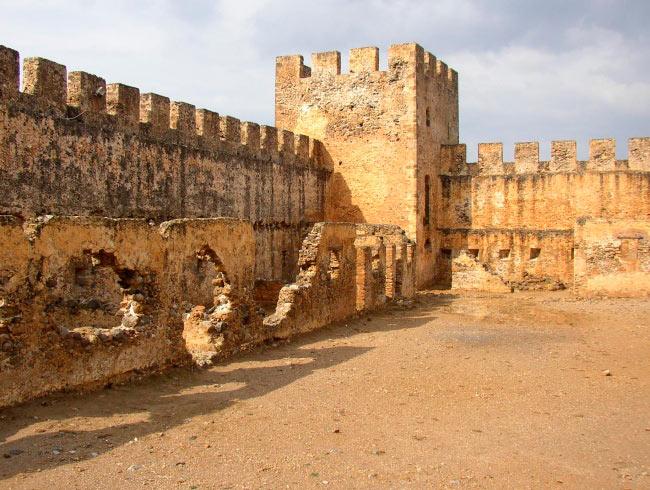 аномальные места на нашей планете Замок Франгокастелло, Греция