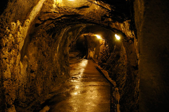 аномальные места на нашей планете Чешские катакомбы, Чехия