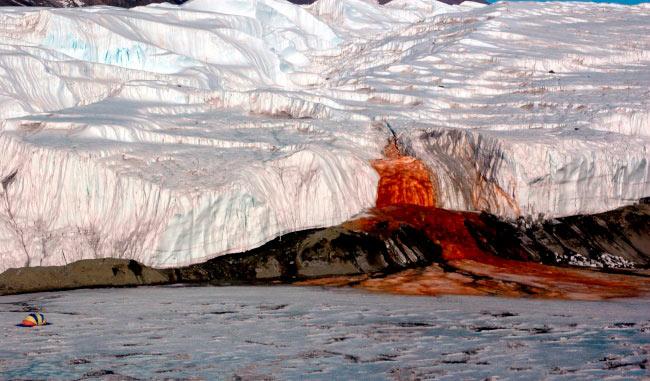 аномальные места на нашей планете Кровавый водопад, Антрактида
