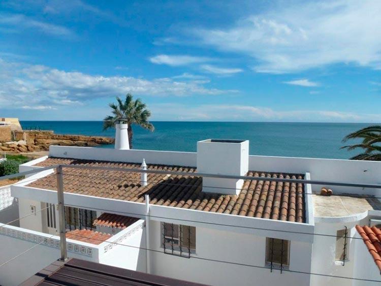 Какой дом можно купить за 300 000$ в разных странах Лагос, Португалия