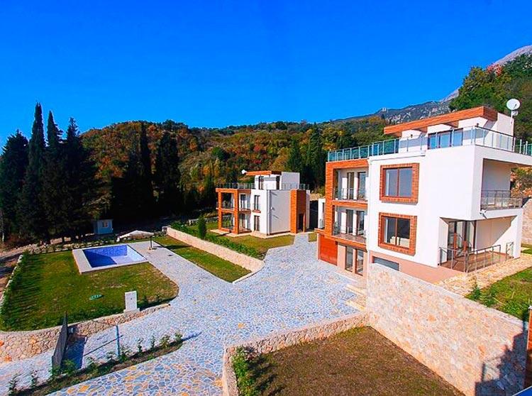 Какой дом можно купить за 300 000$ в разных странах Бар, Черногория