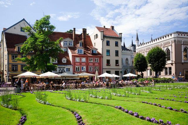 10 стран с самым быстрым интернетом Латвия Latvia