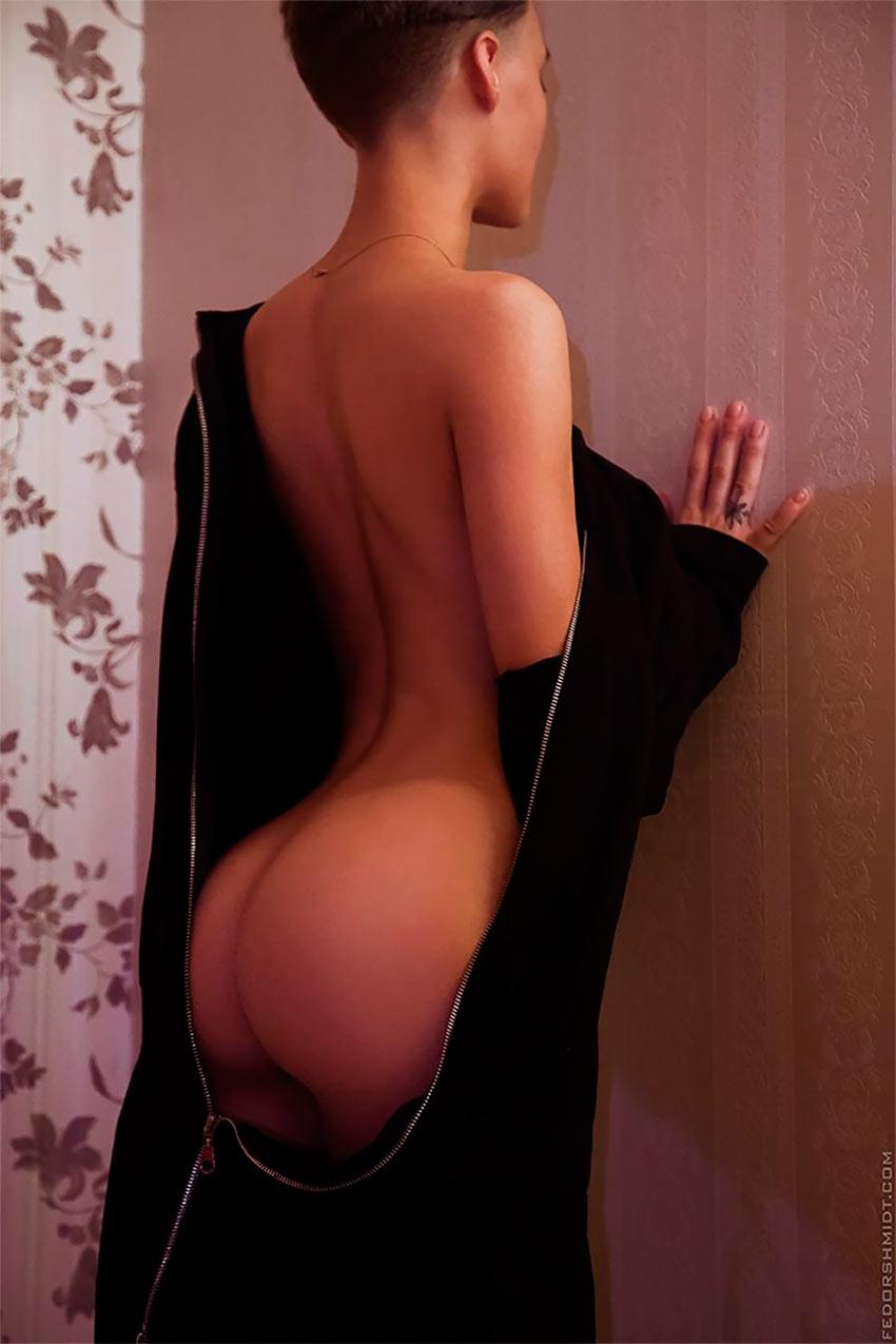 Фотограф Шмидт: пикантные снимки красавиц