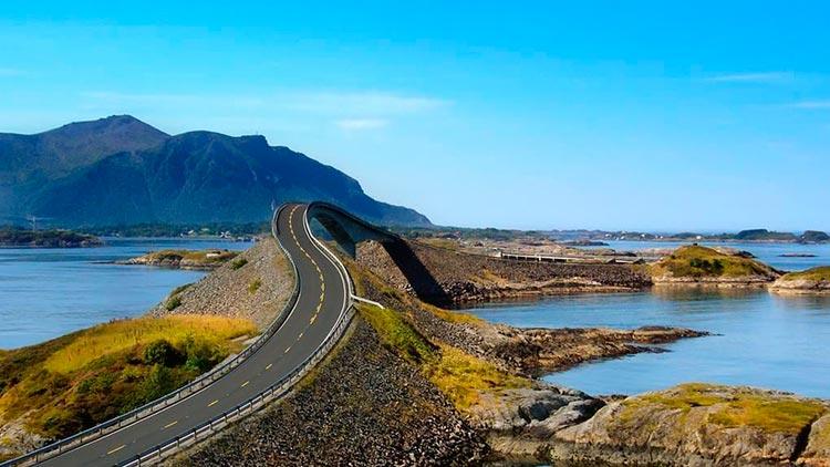 Захватывающие дороги Атлантическая дорога, Норвегия.