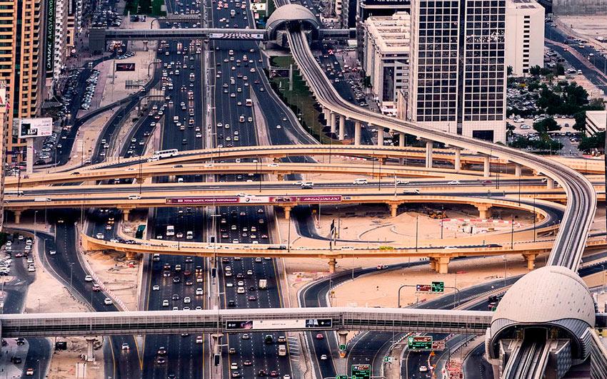 Немыслимый Дубай дорожный трафик города photos dubai