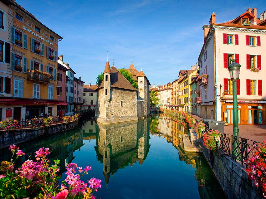 Самые красивые маленькие городки Франции Анси