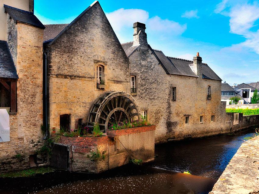 Самые красивые маленькие городки Франции Байё