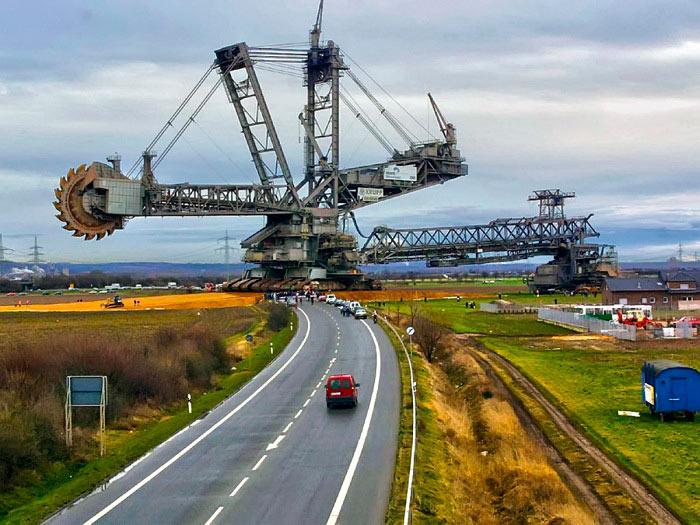 самые масштабные транспортные операций в истории человечества баггер 288