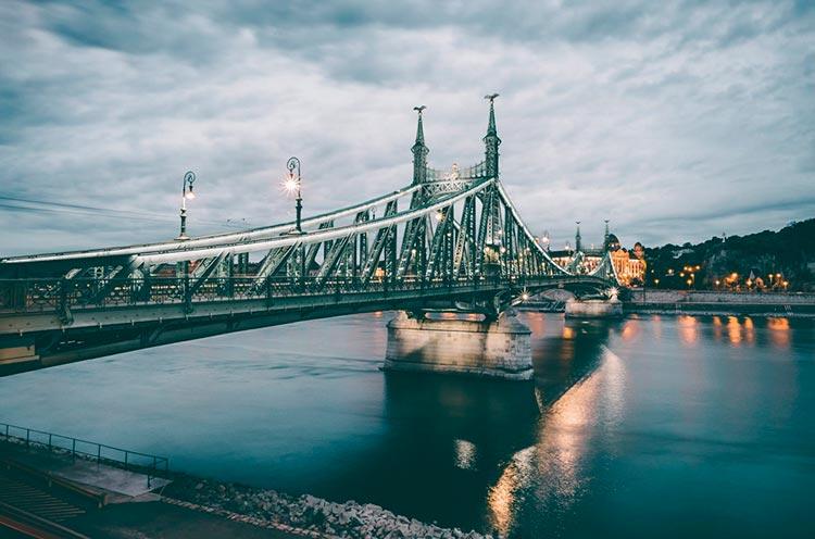Замечательная Венгрия мост