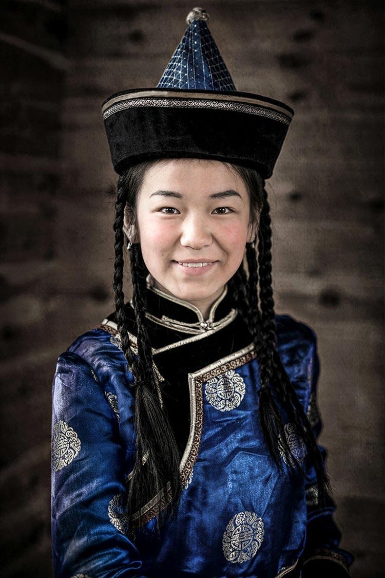 Коренные народы Сибири Сойотская девочка