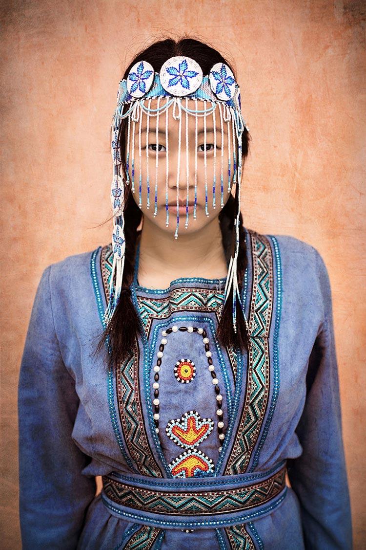 Коренные народы Сибири Эвенкийская девушка