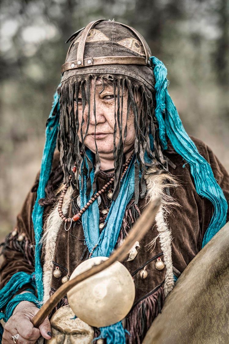 Коренные народы Сибири Бурятская шаманка