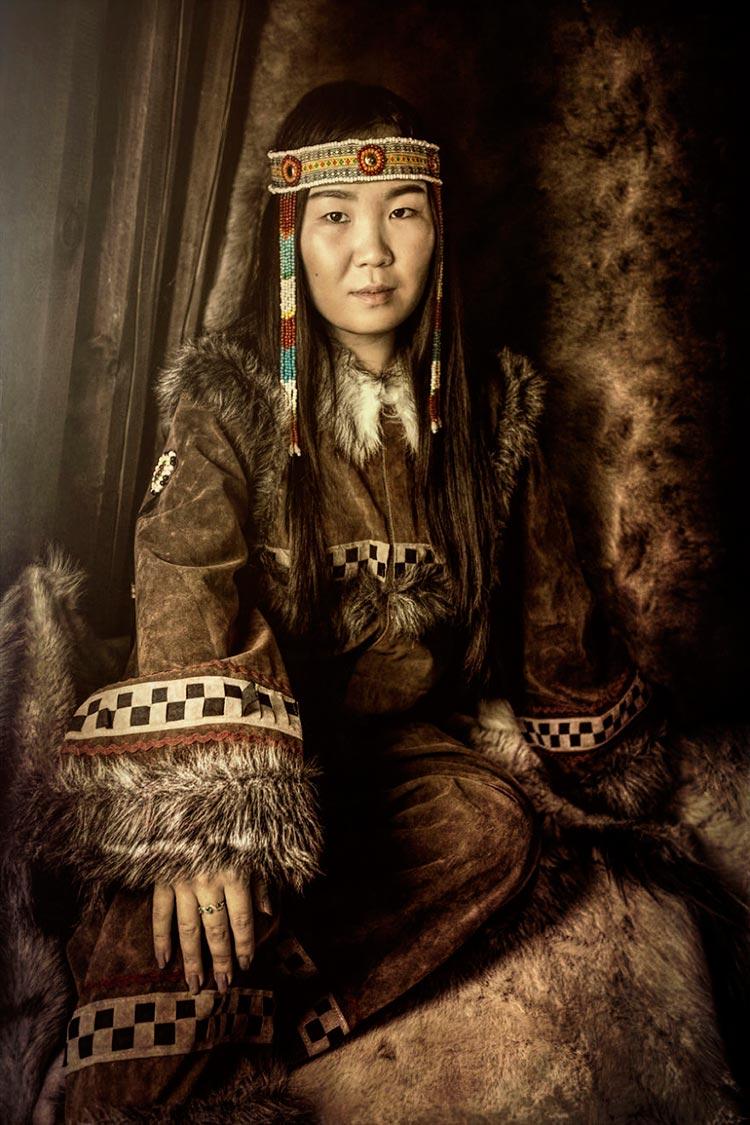 Коренные народы Сибири Чукотская девушка