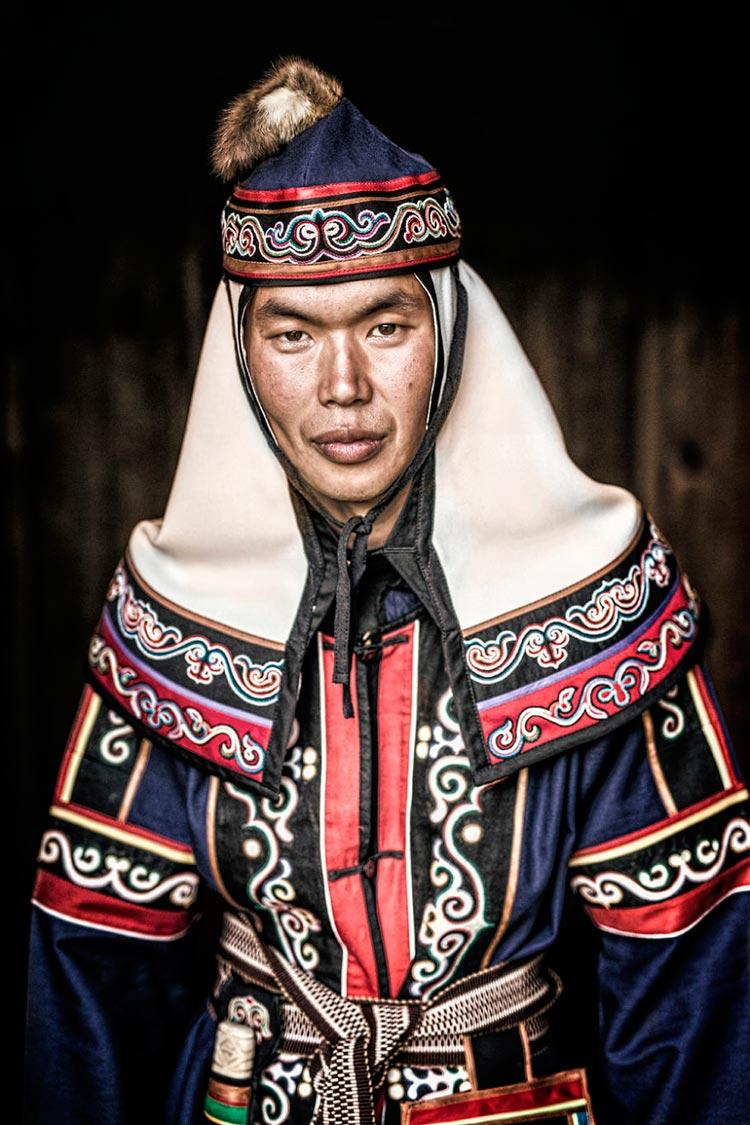 Коренные народы Сибири Молодой человек из народа ульчи