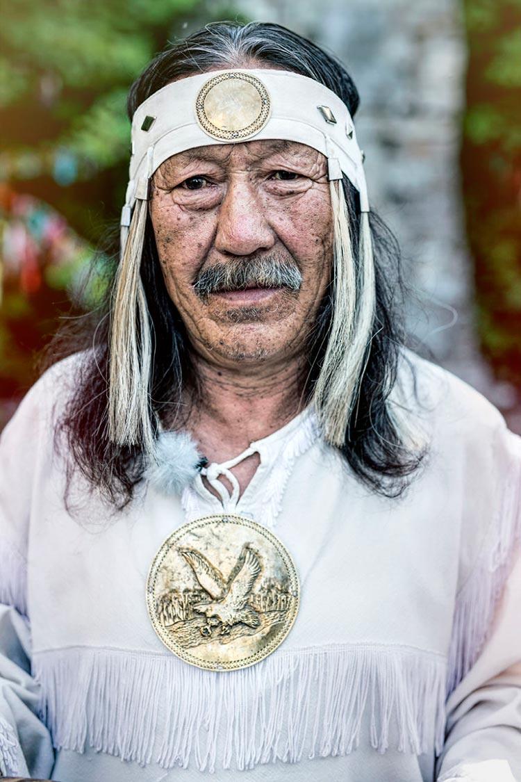 Коренные народы Сибири Якутский шаман