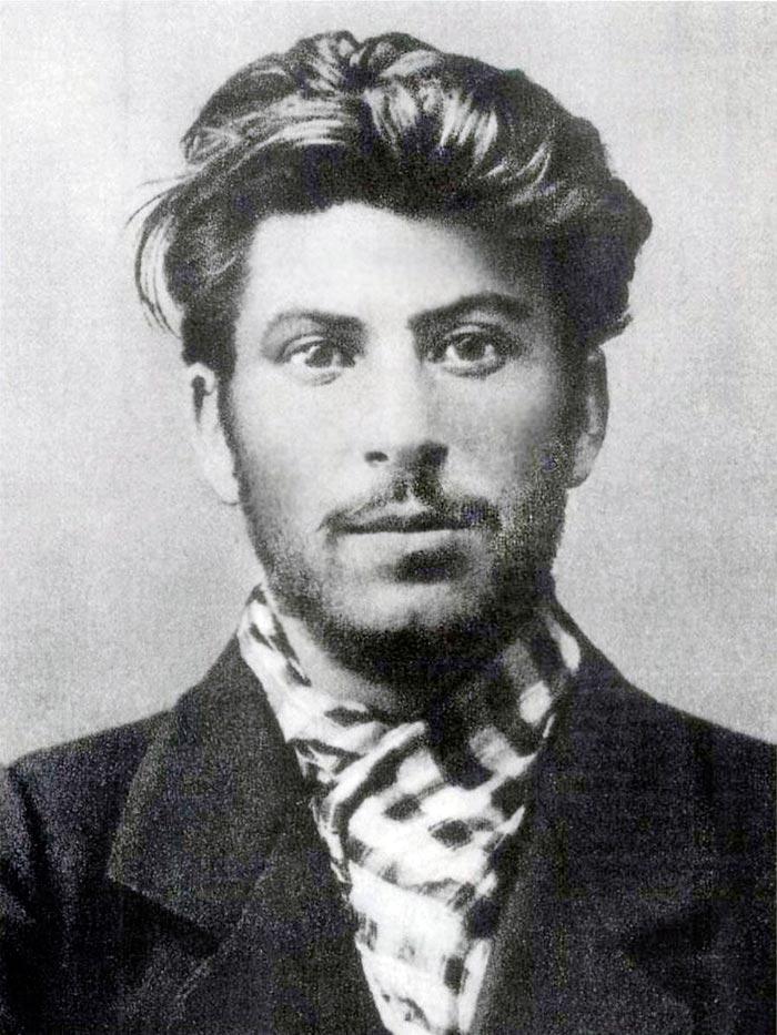 Портреты мировых лидеров Иосиф Сталин в 1902 году