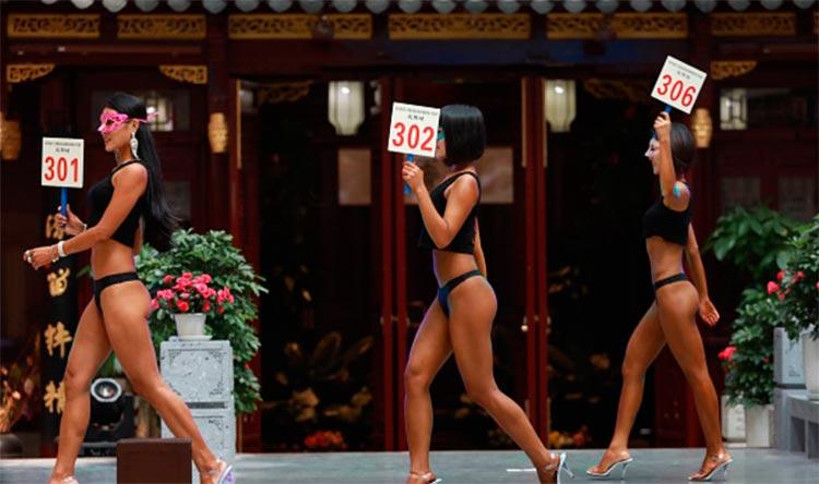 Девушка из Китая с самой красивой пятой точкой Гао Цянь