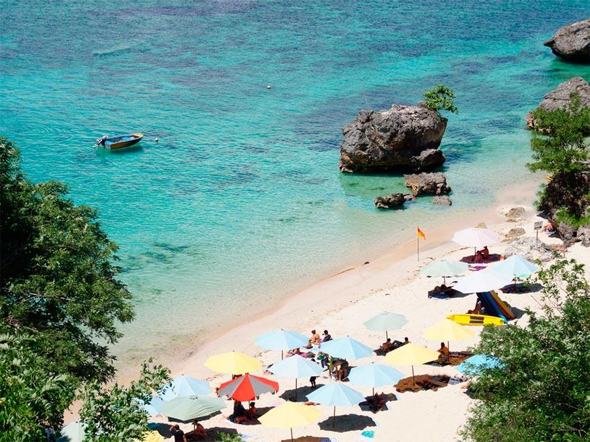 Азия: лучшие пляжи Паданг Паданг Бич, Бали, Индонезия