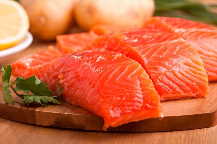 Полезные продукты для мозга Жирная рыба