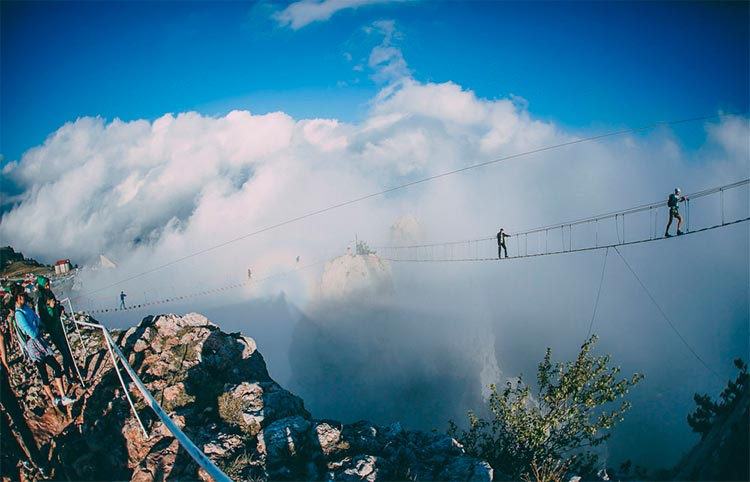 Крым: подвесные мосты на Ай-Петри