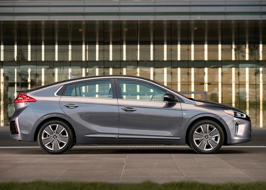 Электромобили, на которых мир будет ездить к 2020 году Hyundai Ioniq EV