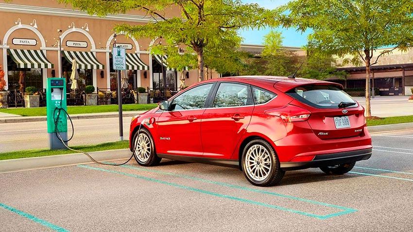 Электромобили, на которых мир будет ездить к 2020 году Ford E