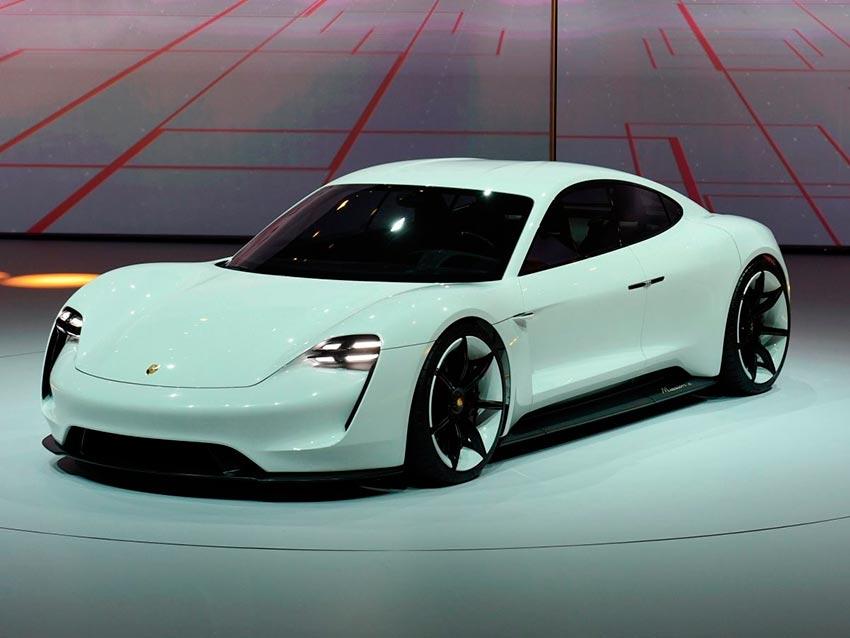 Электромобили, на которых мир будет ездить к 2020 году Porsche Mission E