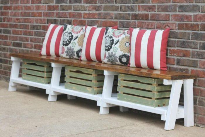 20 примеров самодельной деревянной садовой мебели Скамья с ящиками для хранения