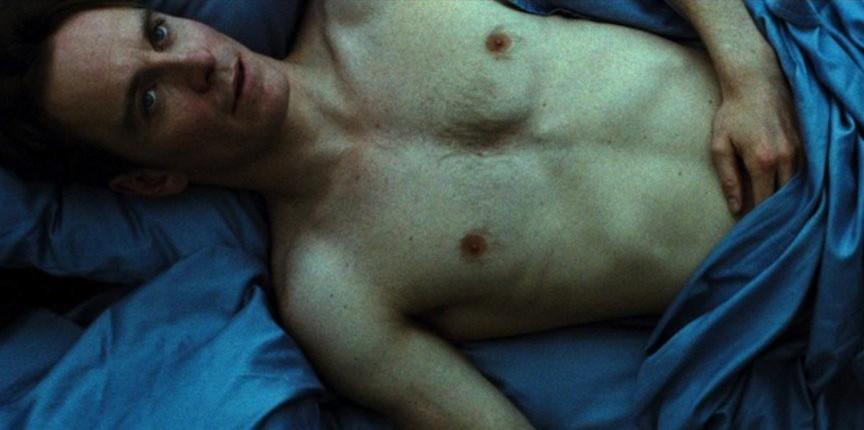12 скандальных эротических сцен в кино Стыд Майкл Фассбендер (Michael Fassbender)