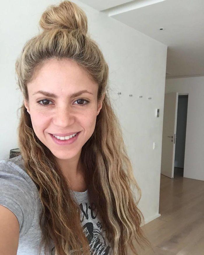 Знаменитости без макияжа Шакира