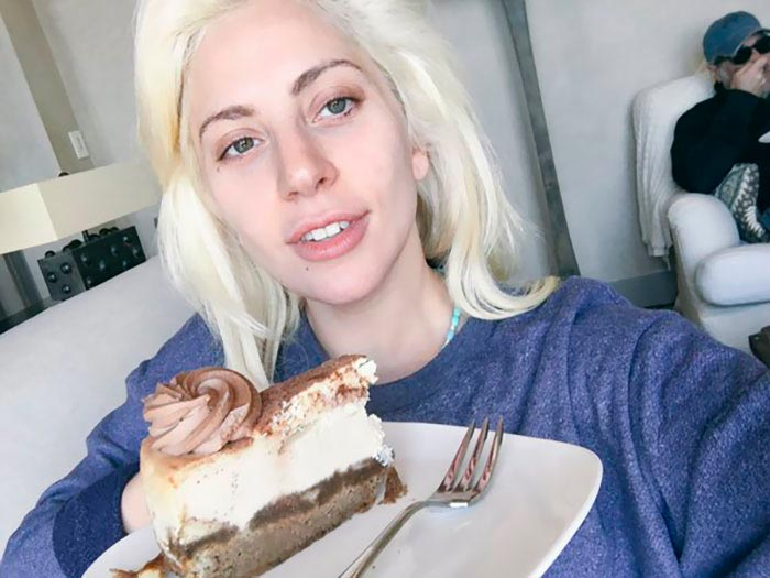 Знаменитости без макияжа Леди Гага