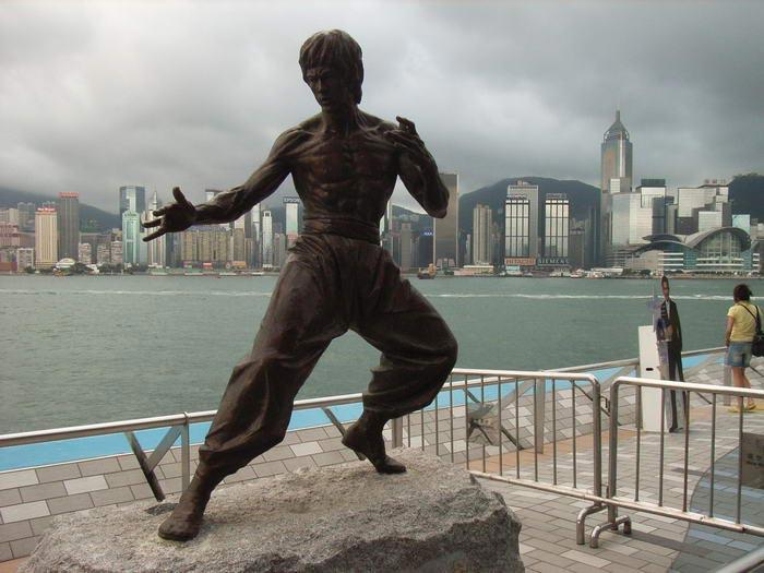 Легендарный Брюс Ли: 10 фактов