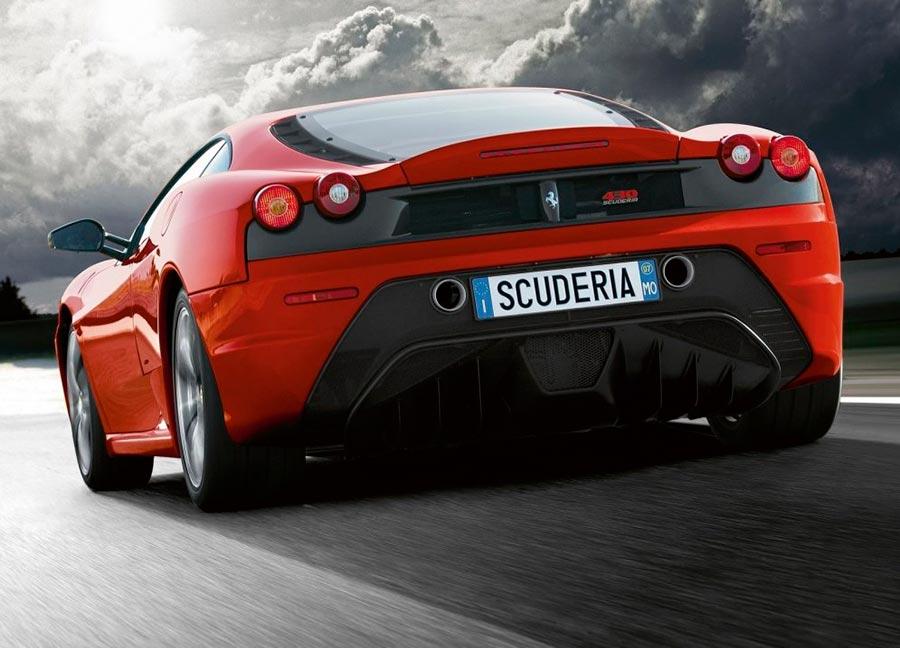 Авария. Британец разбил Ferrari 430 Scuderia, стоимостью 400 000€.