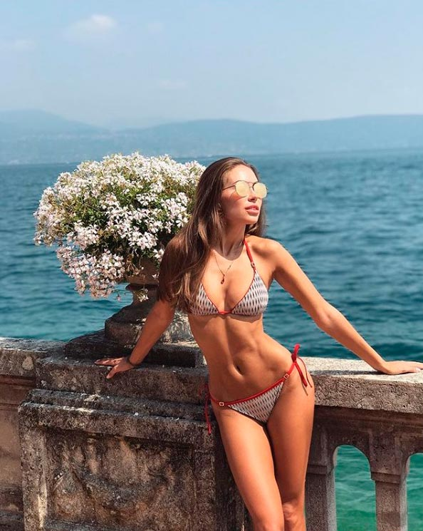 Лето 2017: 9 русских девушек в Инстаграме Галинка Миргаева