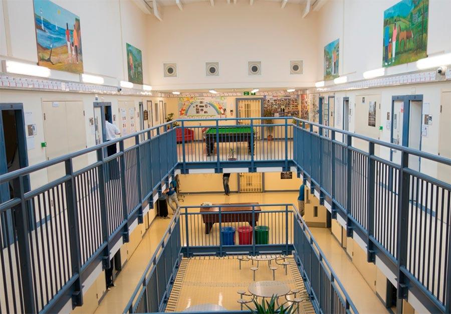 Самые комфортабельные тюрьмы в мире Уэльс, Великобритания