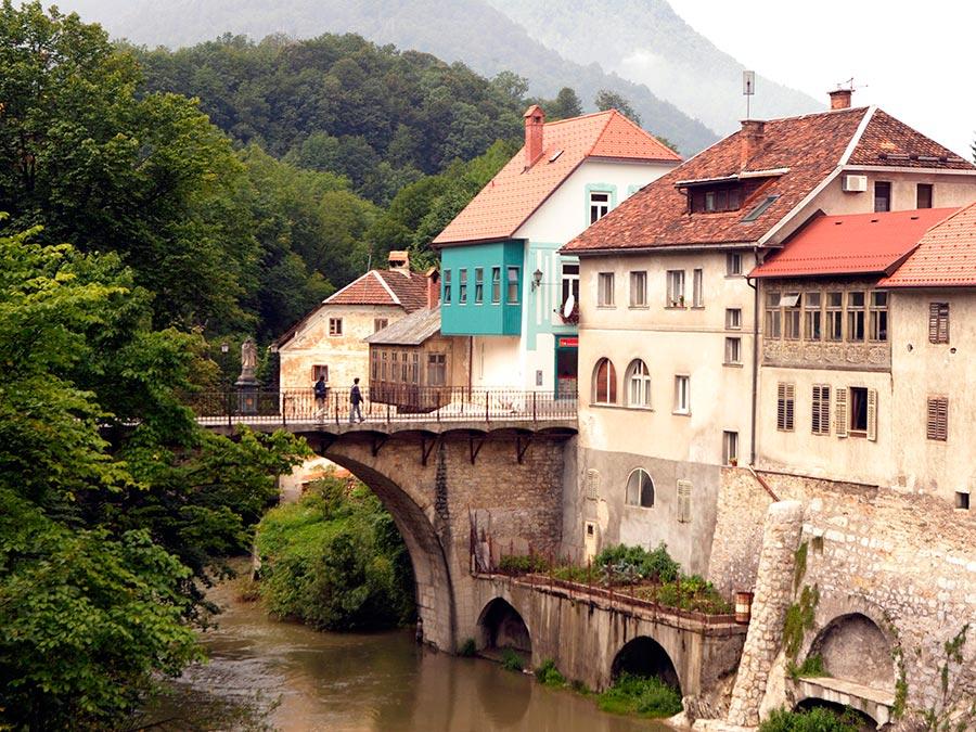 Самые прекрасные места Словении Шкофья-Лока
