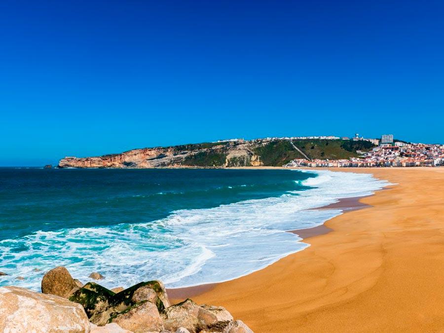 Серфинг: 10 лучших мест Назаре, Португалия