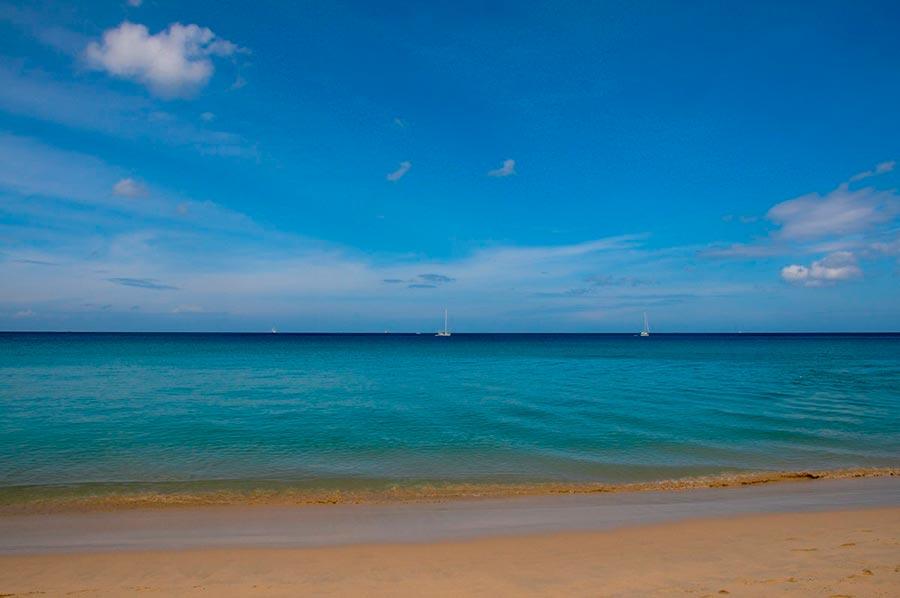 Самые великолепные пляжи в мире, по версии TripAdvisor Пляж Ката Ной — Карон, Таиланд