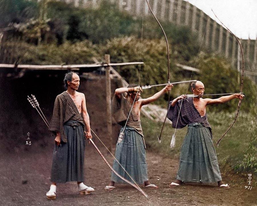Культовые исторические фото - теперь в цвете Японские лучники