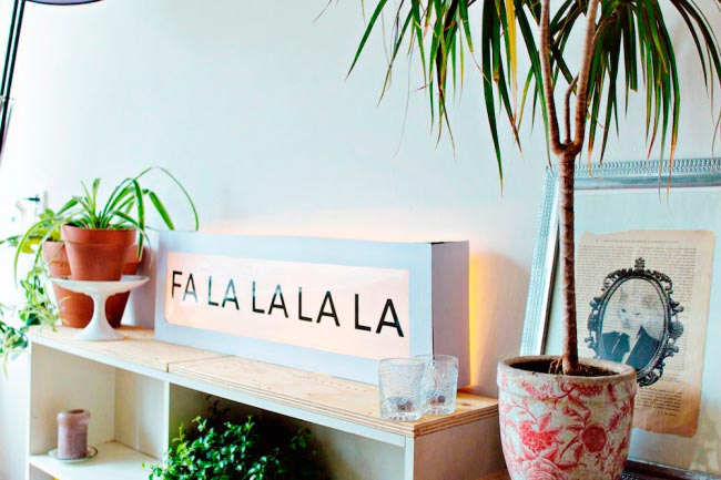 Лайфхаки из картонной коробки, которые сделают дом комфортнее Декоративный светильник