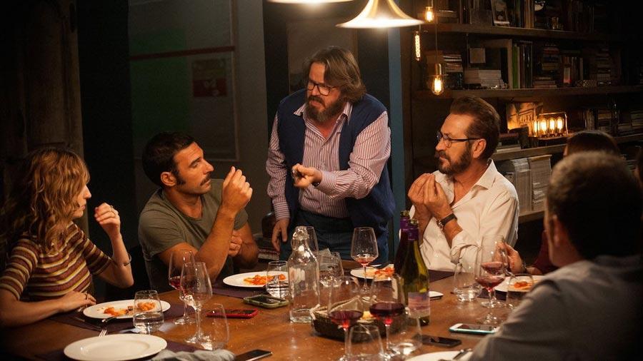 Фильмы, созданные на гениальных диалогах Идеальные незнакомцы erfetti sconosciuti