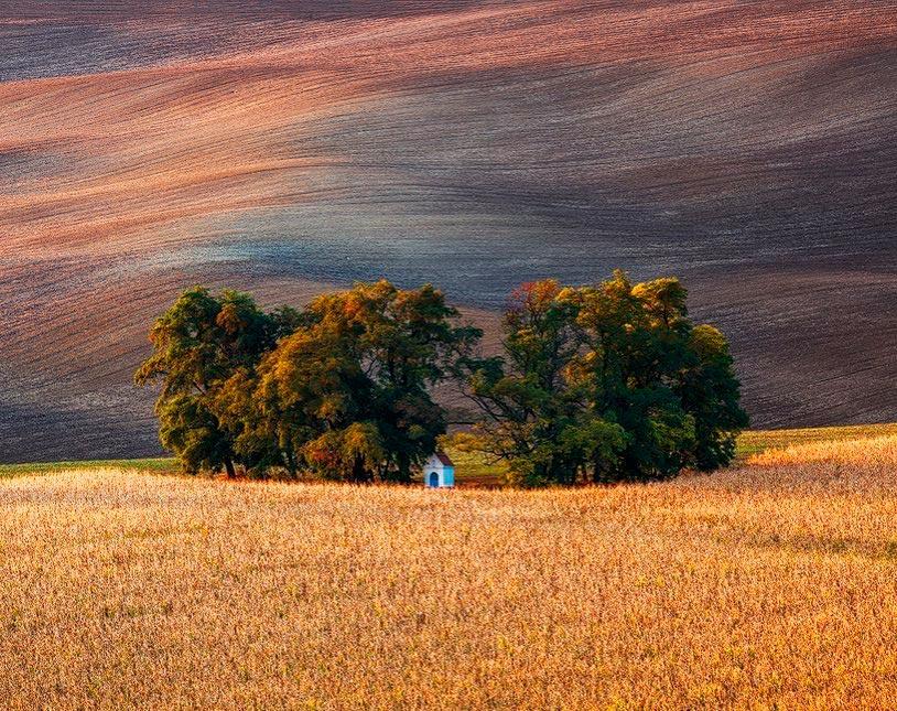 Hobbiton Хоббитон великолепная местность Швейцарии Мартин Рак Martin Rak