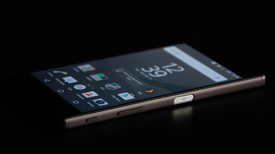 Смартфоны Sony: полная смена дизайна