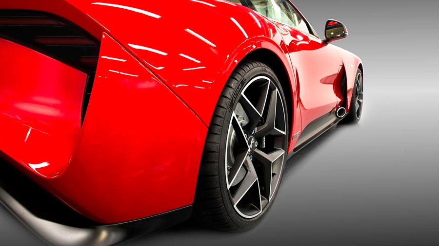 Возрожденная компания TVR представила новый суперкар Griffith