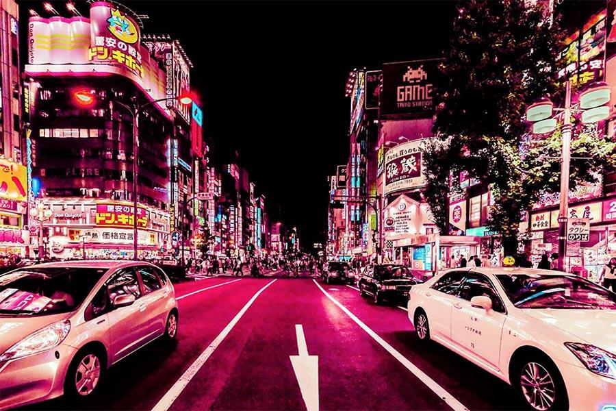 Хавьер Портела Xavier Portela: ночной Токио в неоновом свете